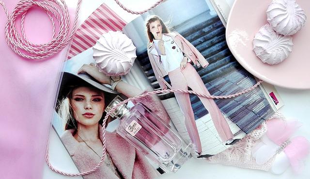 ピンクの化粧品